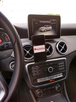 Mercedes-Benz CLA ab 2013 Made in GERMANY inkl. Magnethalterung 360° Dreh-Schwenkbar!!